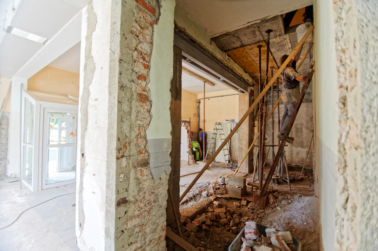 Diy house renovation projects common mishaps and how to prevent diy house renovation projects common mishaps and how to prevent them solutioingenieria Choice Image