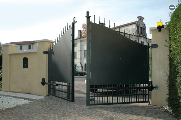 ALL YOU NEED TO KNOW ABOUT AUTOMATED GATE SYSTEMS