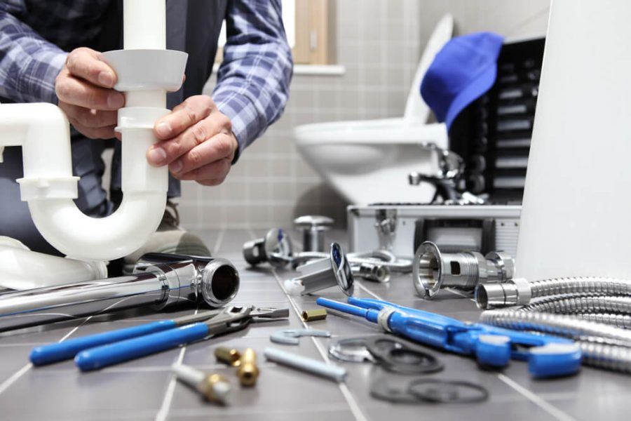 The Top Signs You Need to Call a Plumber