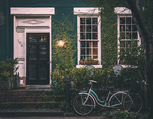 Tell-Tale Signs You Need a New Front Door