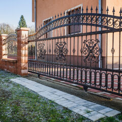 How To Protect Steel Gates From Rust